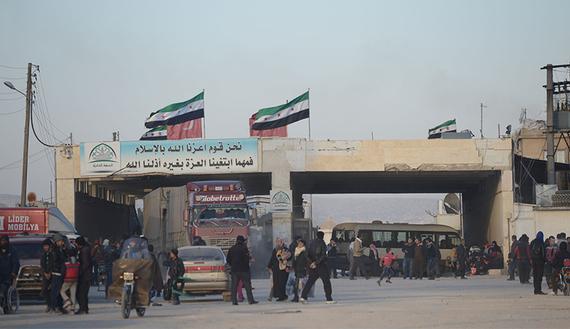 'Atme-Azez koridoru oluşturuldu, Türkiye militanları Suriye'ye gönderiyor'