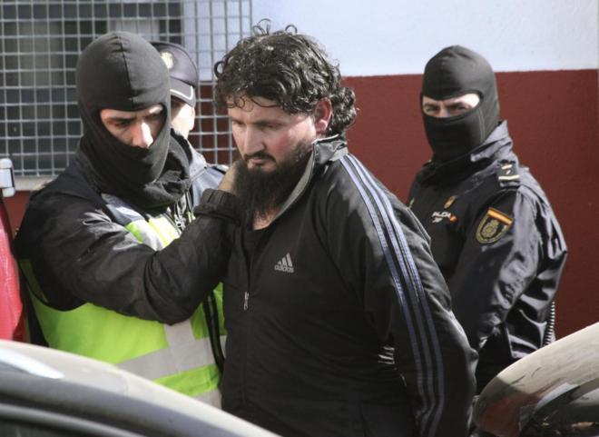 'Eski Guantanamo mahkumu IŞİD için militan topluyor'