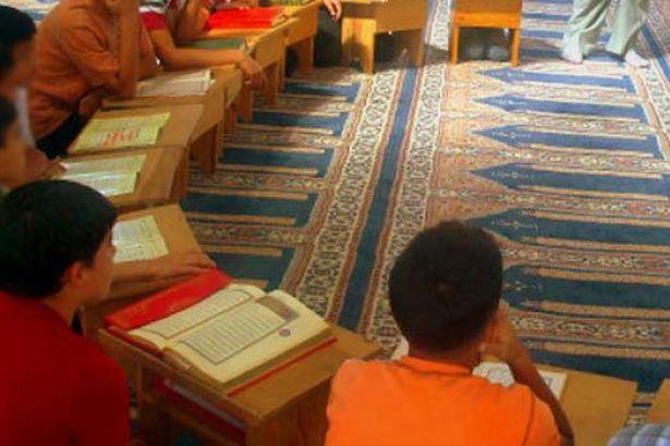 'Kuran dersinin seçilmesini teşvik edin' talimatını gönderen müdür yardımcısı görevden alındı