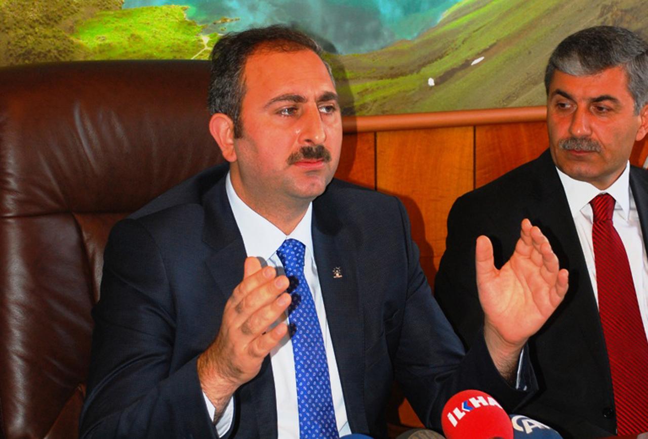 'Kürt sorununu çözdük' diyen AKP Genel Sekreteri: 'Size etek giydiririz'