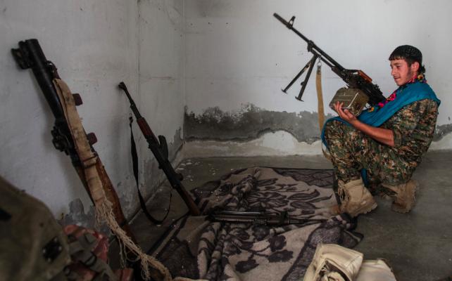 'Rusya, Türkiye'nin saldırısı olursa Suriye'deki Kürtleri koruyacak'