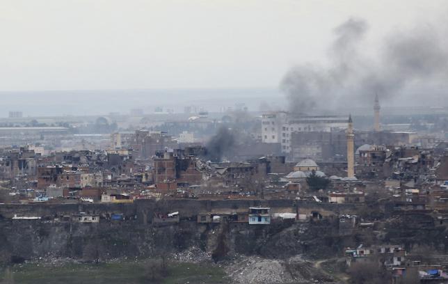 'TSK, YPG mevzilerini tekrar vurdu' iddiası
