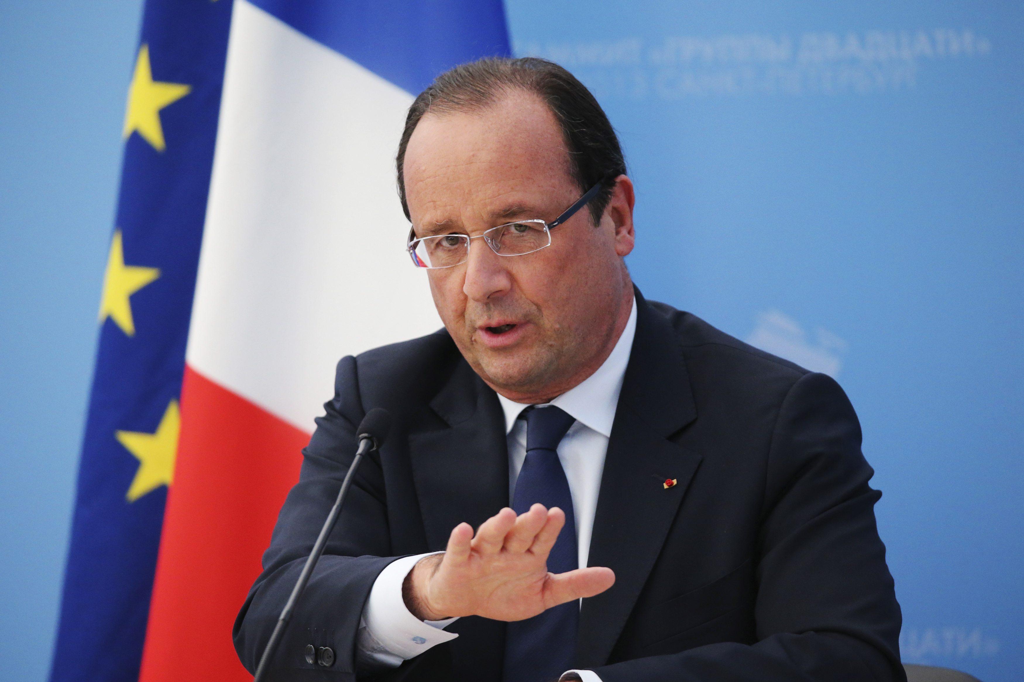'Vize kalkacak' iddiasına Hollande'dan yanıt: Muafiyet için Türkiye'nin 72 kriterin yerine getirmesi gerekiyor
