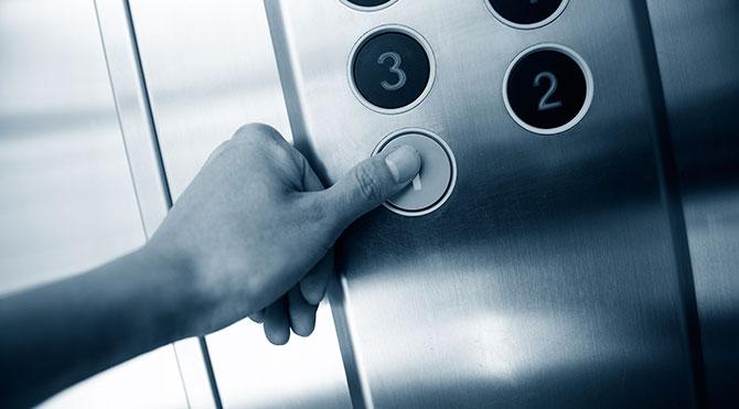 10 asansörden 3'ü tehlikeli