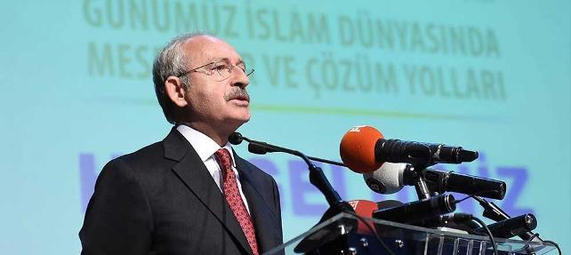 '10 Ekim anmasına katılmak yerine 'dinci' sempozyuma katılan Kılıçdaroğlu'na tepki yağıyor