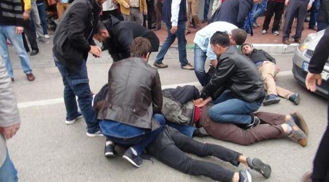 10 Ekim gösterisine polis müdahalesi... 29 kişi gözaltına alındı