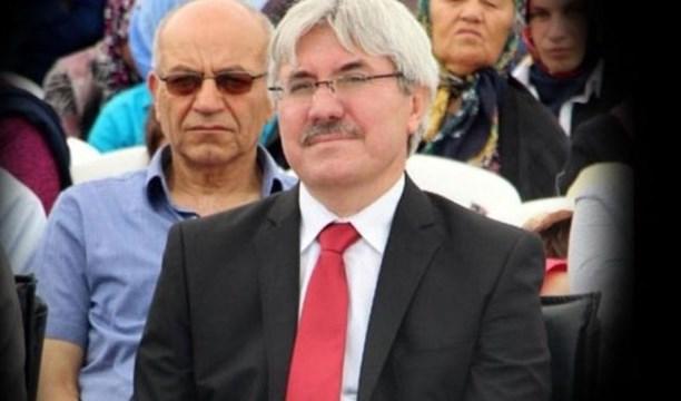 10. Yıl Marşı'nı yasaklayan müdüre destek kampanyası