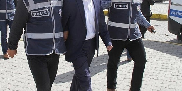 11 iş adamı gözaltına alındı