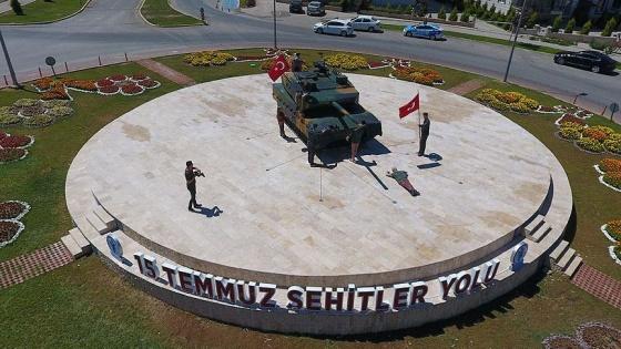 15 Temmuz fotoğrafı anıta dönüştürüldü
