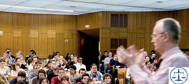 1500 Alman akademisyen: Çok tedirginiz, korkuyoruz