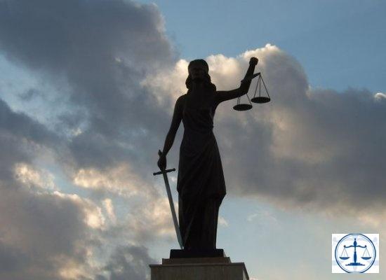 Minibüste Türbanlı Kıza Darpa 13 Yıla Kadar Hapis İstemi