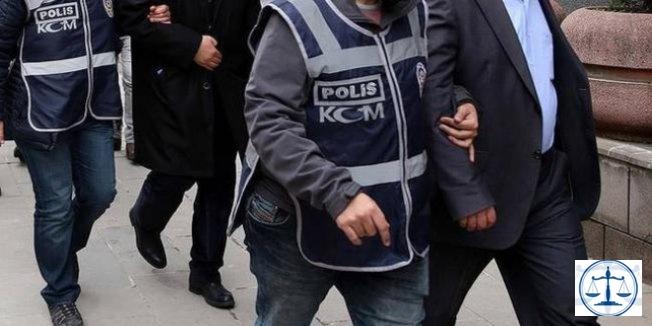 Manisa'da FETÖ'den 8 avukat gözaltına alındı