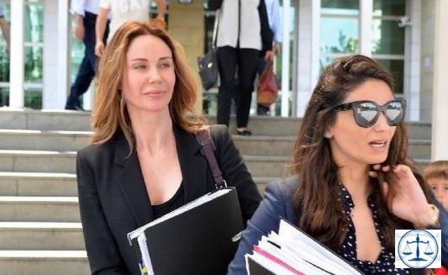 Demet Şener, adliyede fotoğrafını çeken avukatla tartıştı