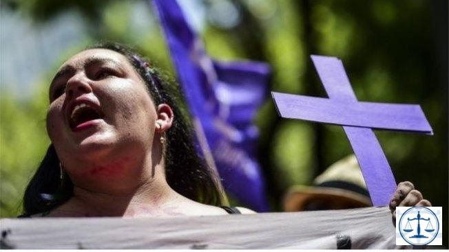 Meksika'da kadın cinayetlerine karşı protestolar
