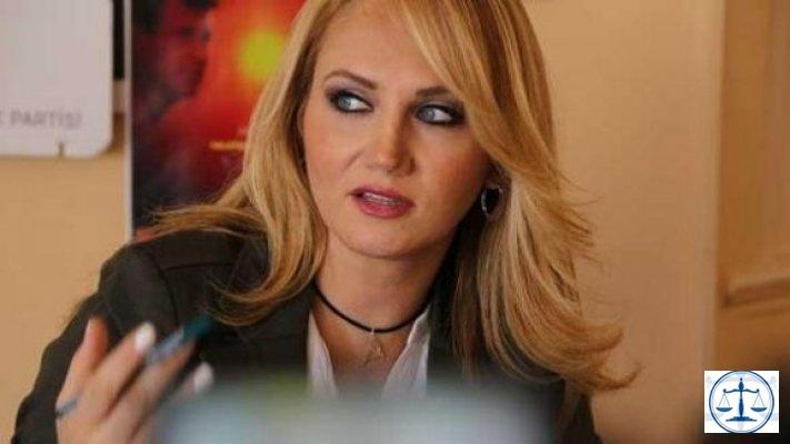 Pınar Aydınlar'a 10 ay hapis cezası