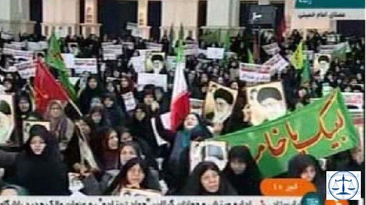 İran'da Devrim Muhafızları: Protestolara devam edenler 'demir yumrukla' karşılaşır