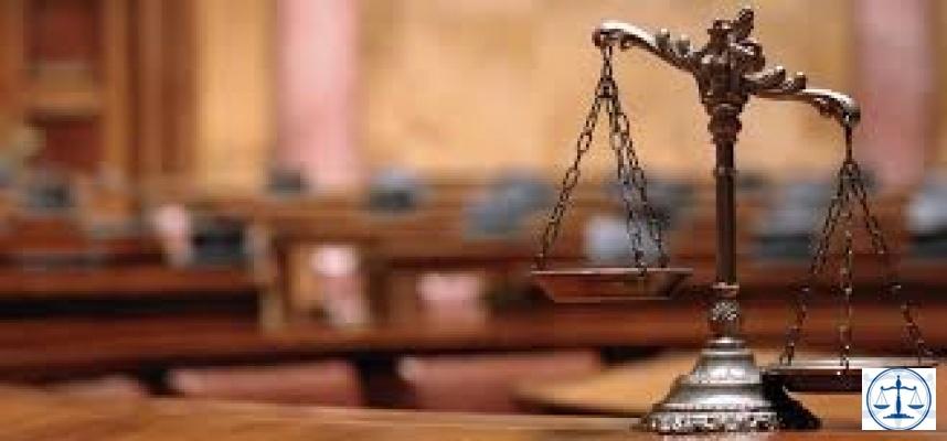 Hukuk siyasetin emrine girdiğinde..