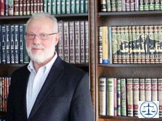 Akit yazarından olay yaratan sözler: Gülen Türkiye'ye dönsün