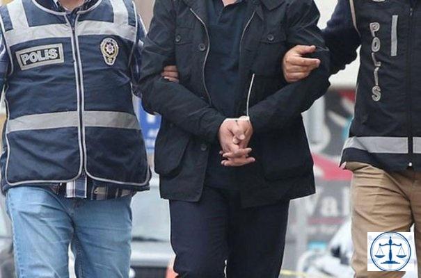 Emekli Org. Ünal'ın emir subayı FETÖ'den tutuklandı