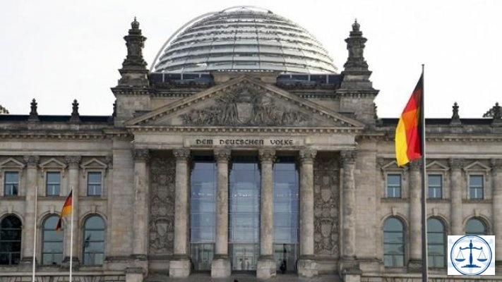 Almanya Dışişleri Bakanlığı'nın hazırladığı gizli raporda, FETÖ'nün organize bir örgüt olduğu kaydedildi