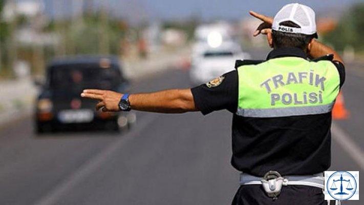 Cezaya sinirlendi, polisi ezmeye çalıştı!