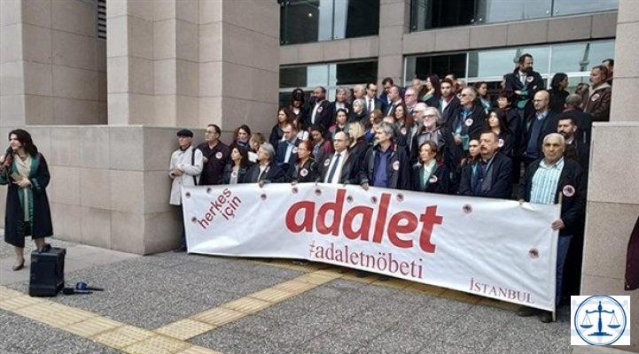 Adalet Nöbeti'nde 72'nci hafta: Savcılar kanunun değil iktidarın emrinde