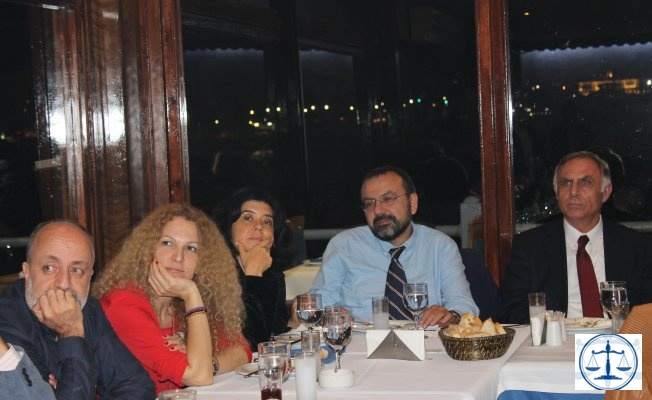 AVUKAT  HAREKETİ Genel Kurul Sonrası Adayları ile Birlikte Yemekte Buluştu...