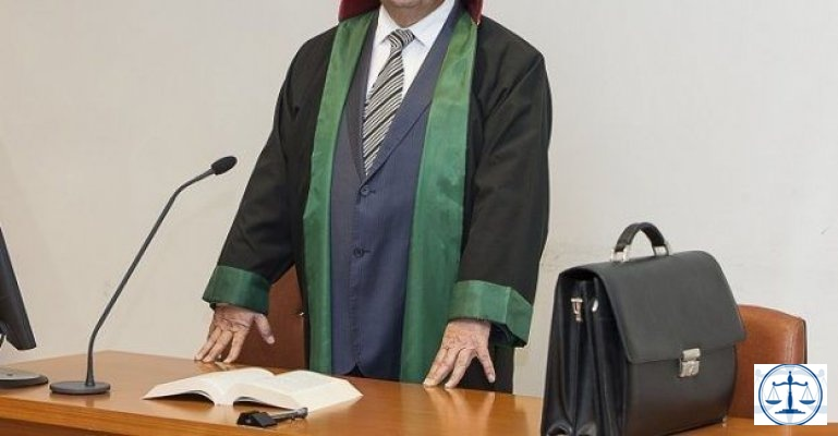 Avukatı 20 dakika bekletti, mahkeme 7 lira 9 Kuruş ceza verdi!