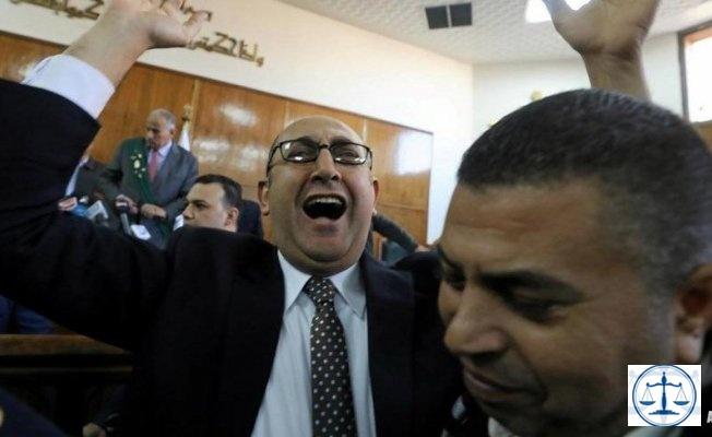 Bir gülümsemeye 2 yıl hapis cezası!