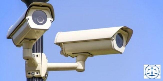 Güvenlik kamerasına bakıp sinkaflı işaret yapmak, işten atılma nedeni!