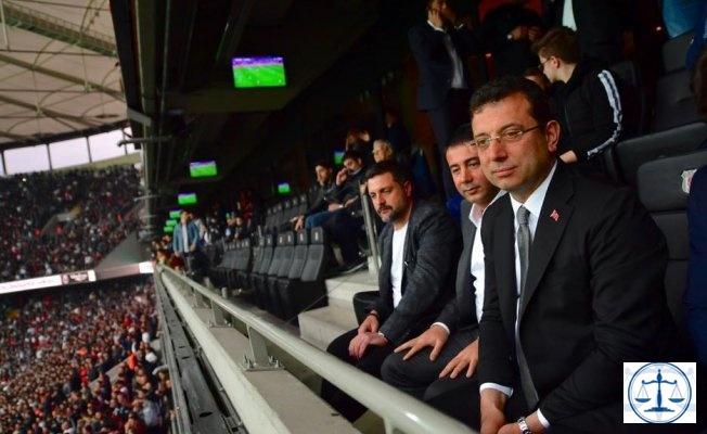 Beşiktaş taraftarından 'İmamoğlu' tezahüratı!