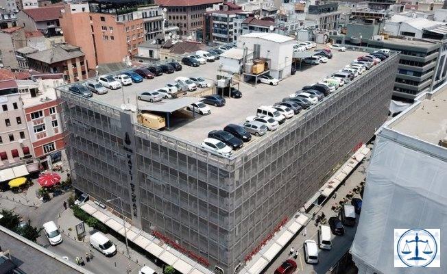 Karaköy'deki 45 yıllık katlı otoparkın yerine meydan yapılacak