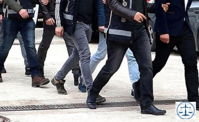 İstanbul'da FETÖ operasyonu: 18'i firari, 20 gözaltı