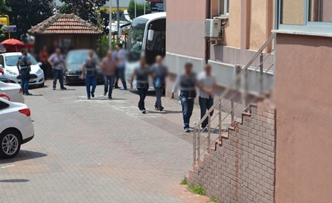 Tekirdağ'da kamu görevlilerinin de bulunduğu 23 kişiden 10'u tutuklandı