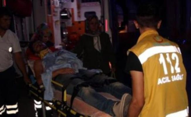 İki ayrı düğünde takı kavgası... Gelinin kuzeni bıçaklandı, 18 yaralı