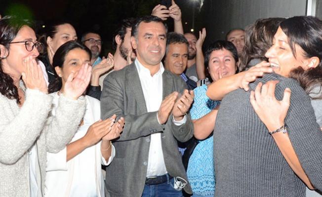 'Gazetecilerin tutuksuz yargılanması lazım'
