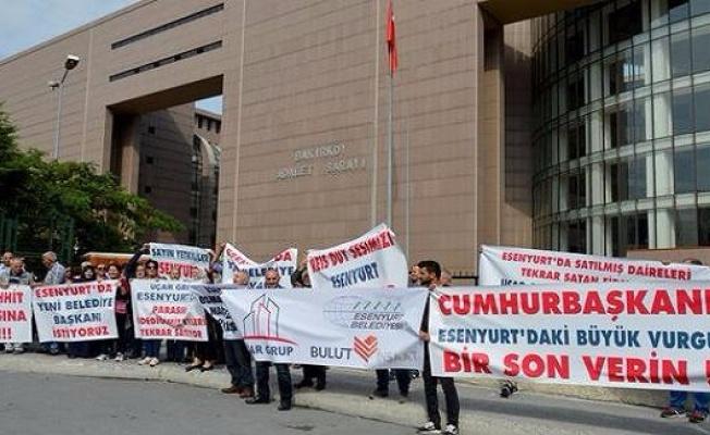 Emlak mağdurlarının isyanı! Binlerce aile adliye önünde toplandı...