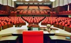 Meclis küme düşüyor, Sayıştay işlevini yitiriyor