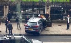 İngiltere Parlamentosuna Silahlı Saldırı
