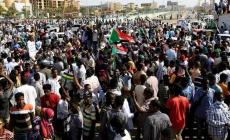 Sudan'da darbe girişimi: Başbakan gözaltında